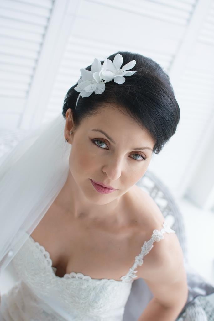 свадебные прически с белым