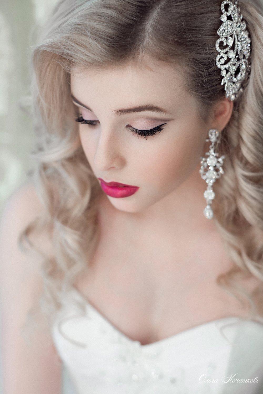 Яркий макияж - для яркой невесты 8
