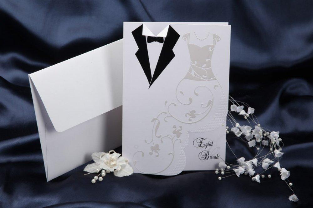 Друзьям, открытка свадебная жених и невеста