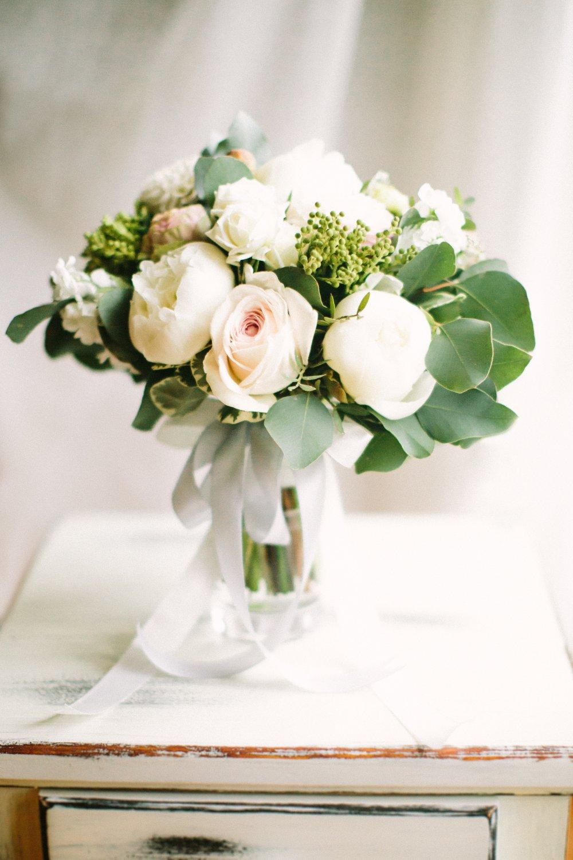 Свадебный букет в пастельных тонах