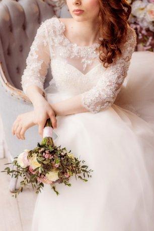 Образ невесты платье и букет