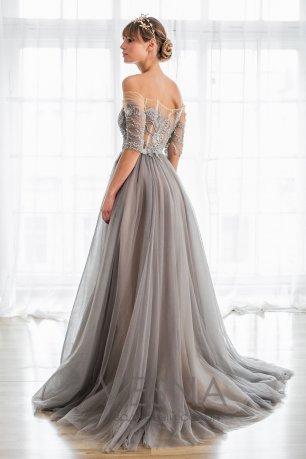 Свадебные платья в сером цвете