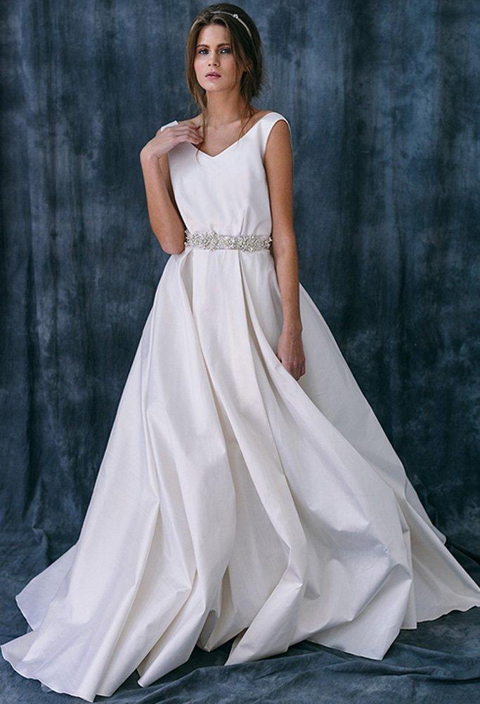 Платья из шелковой тафты