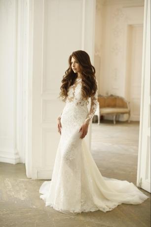 Восхитительное кружевное платье Berta