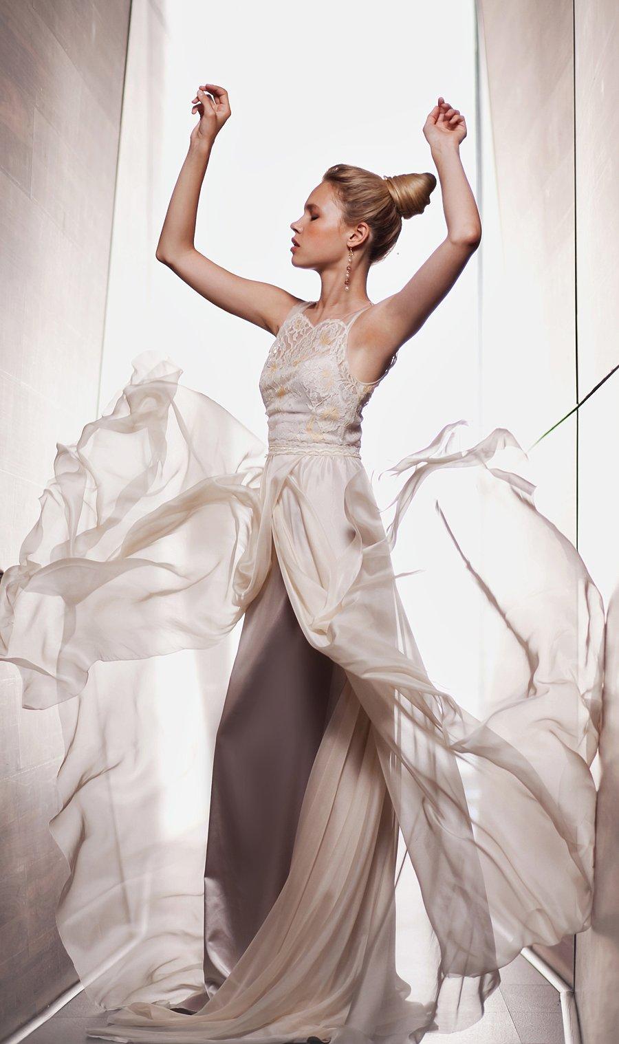 Что у невест под юбками 14 фотография