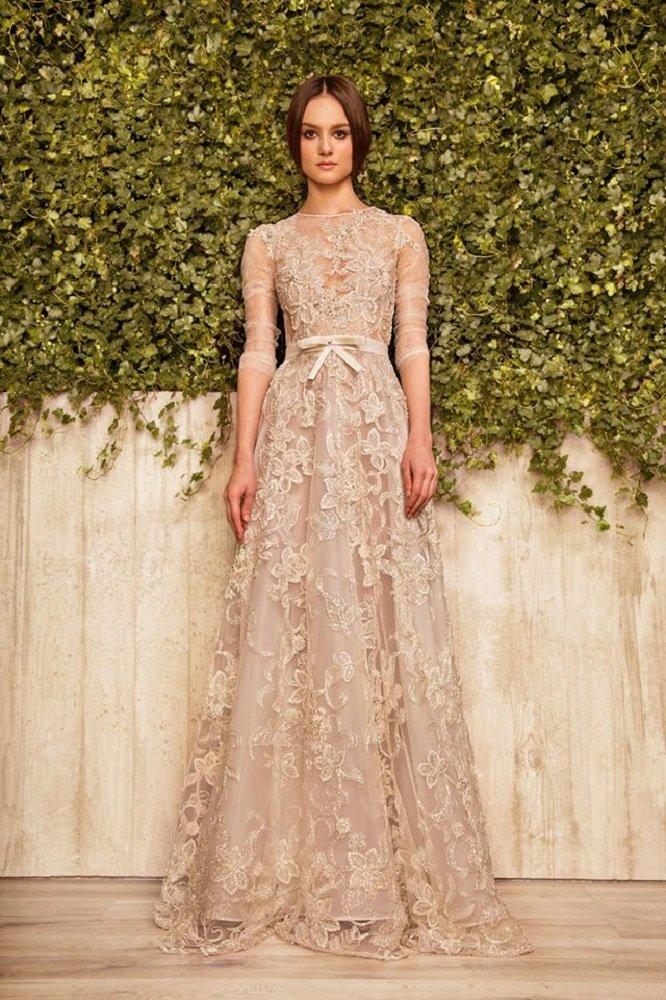 фото свадебное платье бежевое
