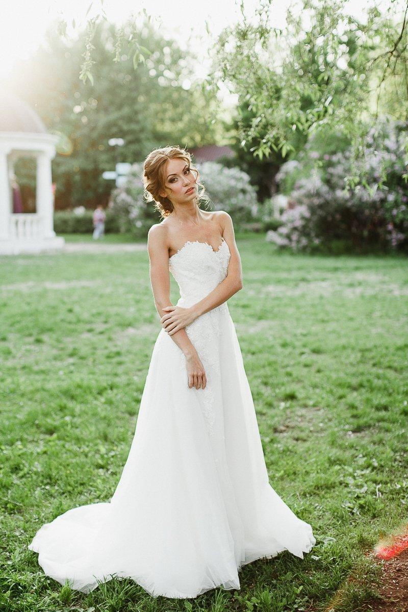 White свадебные платья one