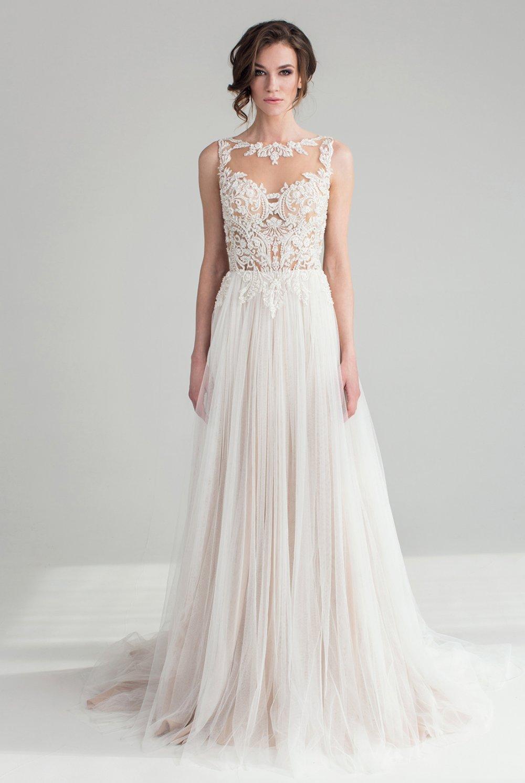 0e586e2cacc2802 Свадебное платье с красивым кружевным топом и легкой юбкой - The ...