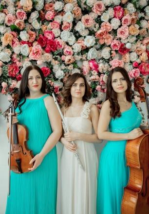 3ed7ac7618ff7dc Гости на свадьбе в бирюзовом цвете. Фотоидеи