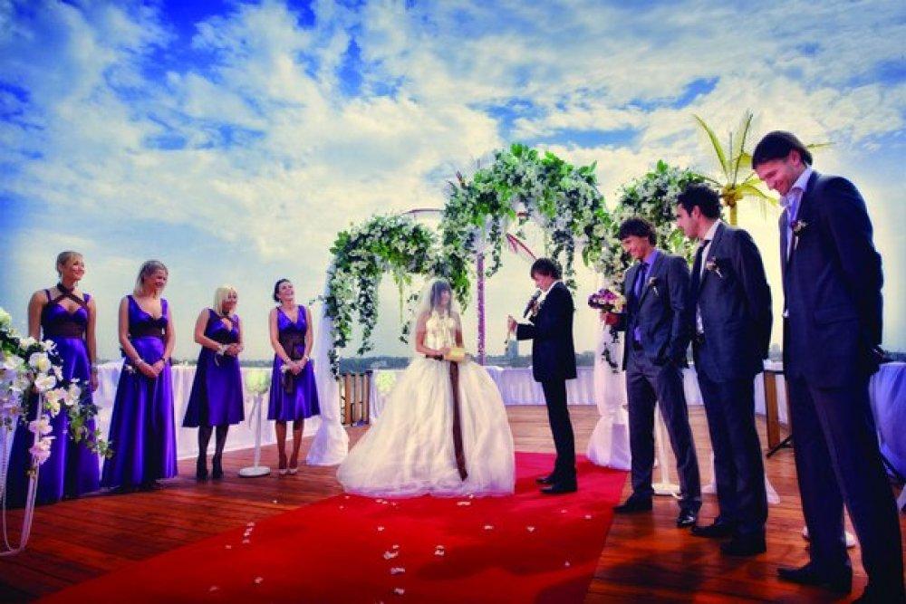 Christina caravella wedding