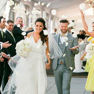 40 Невероятных идей свадебных фотографий 11. Чтение писем друг друга 42
