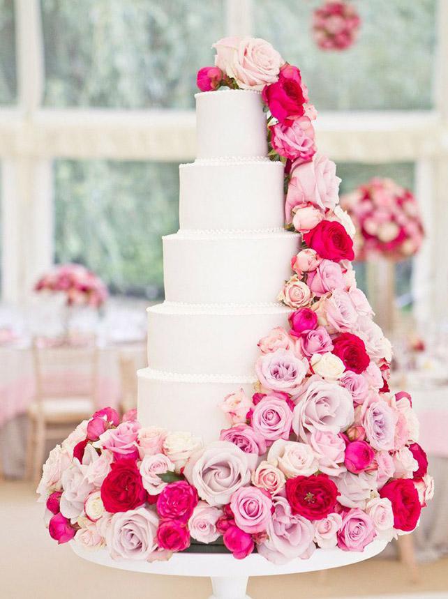 Торт на свадьбу с цветами