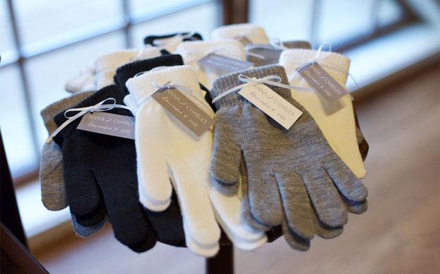 подарки для гостей на свадбе, перчатки