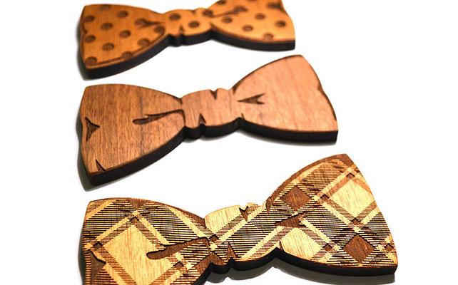 Деревянные бабочки для жениха и друзей жениха