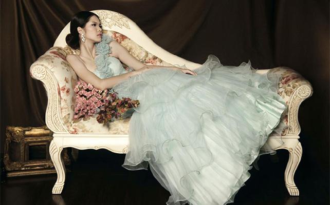Зеленое свадебное платье