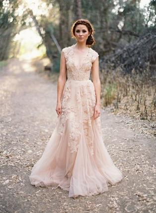 Свадебные платья пудровых оттенков