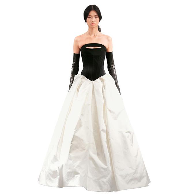 Платье черно белое короткое