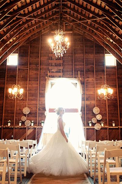 Декор свадьбы в деревянном стиле