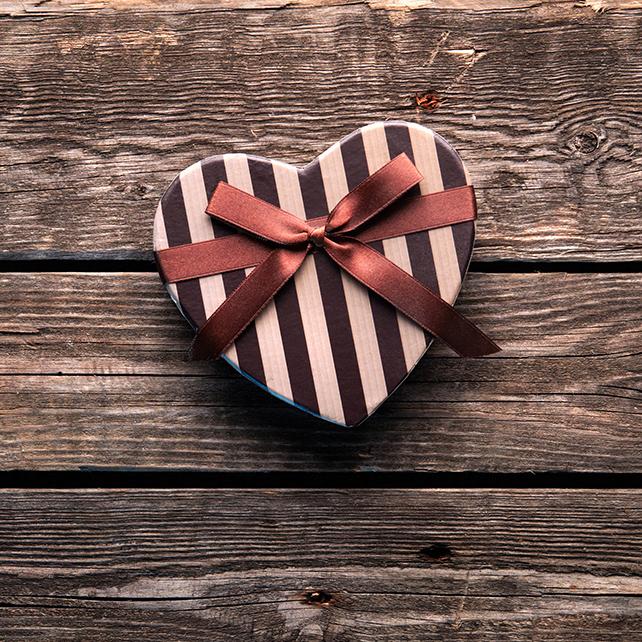 Что подарить любимому мужчине на День Святого Николая 2014 в 2019 году