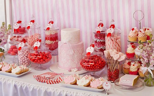 http://the-wedding.ru/upload/photo/InfoArticles/sladkii-stol/YTzHMAy9h6k.jpg