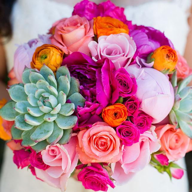 Вдохновение: свадебные букеты с использованием суккулентов