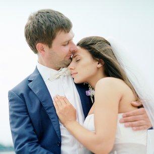 Серо-малиновая свадьба Насти и Дениса