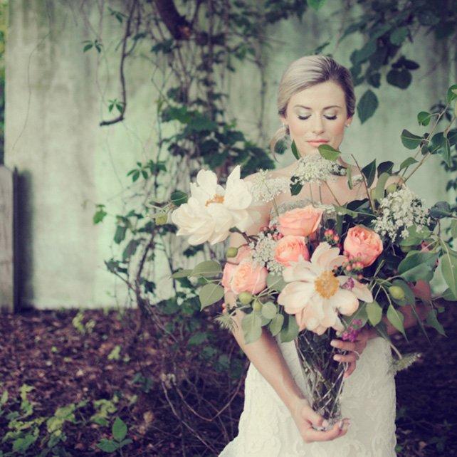 Свадебные тренды: большие букеты невесты