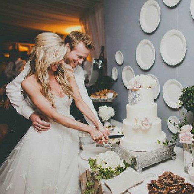 15 лучших песен для выноса свадебного торта