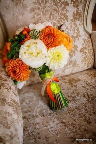 зелено-оранжевая свадьба фото