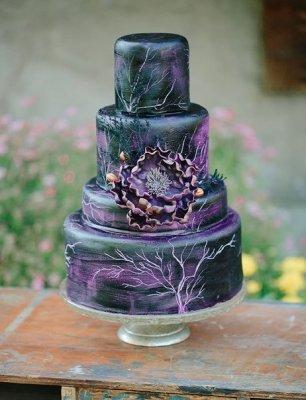 Свадебный торт с растительным принтом