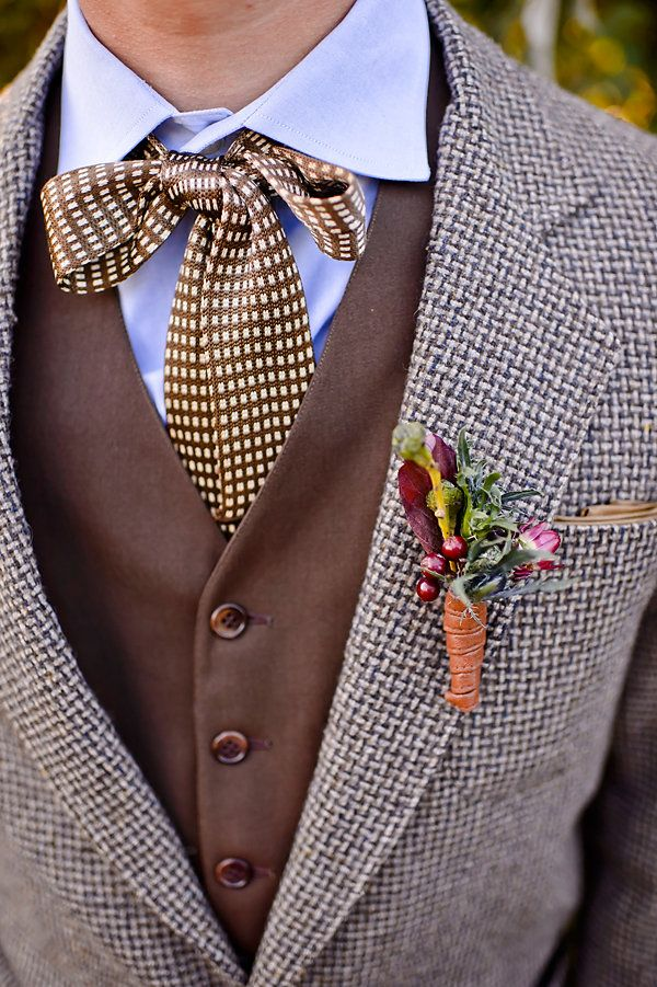 Brown tweed wedding