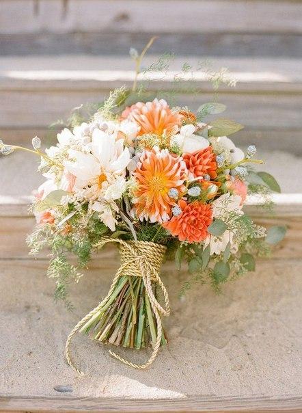 Свадебный букет невесты из полевых цветов 64