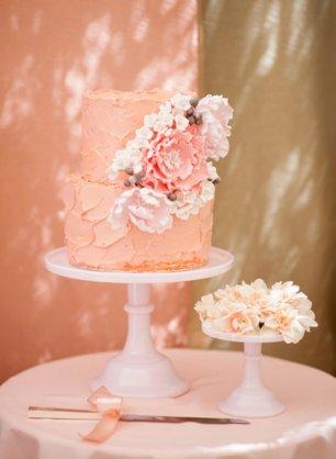 Торт с цветочным оформлением