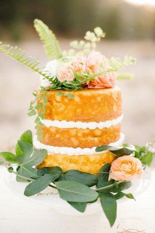 Бисквитный торт на свадьбу