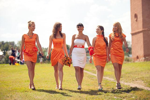 Оранжевые платье для подружки невесты