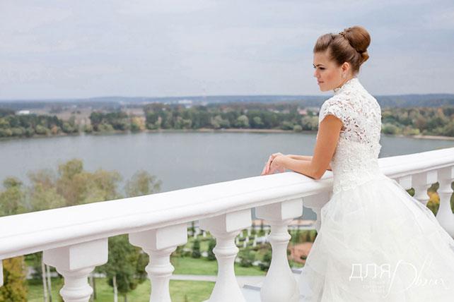 Невеста перед церемонией бракосочетания