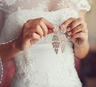 свадьба в пастельных тонах, серьги невесты