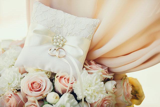 свадьба в пастельных тонах, подушечка для колец