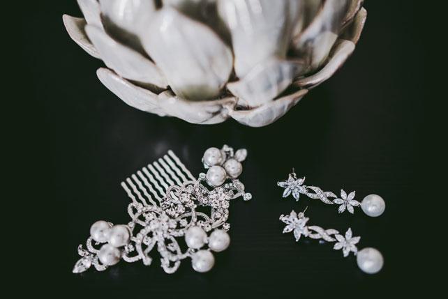 Средиземноморский рустик, украшение невесты