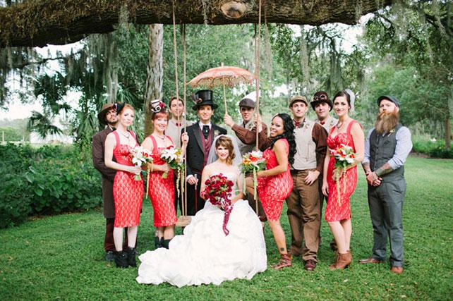 Коричневые костюмы на свадьбы