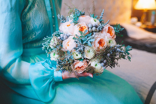 Бирюзовые букеты на свадьбу — photo 15