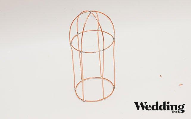 Как своими руками сделать винтажную клетку для декора свадьбы, припаять окружности к дугам