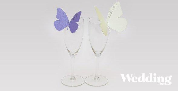 Декор бумажными бабочками