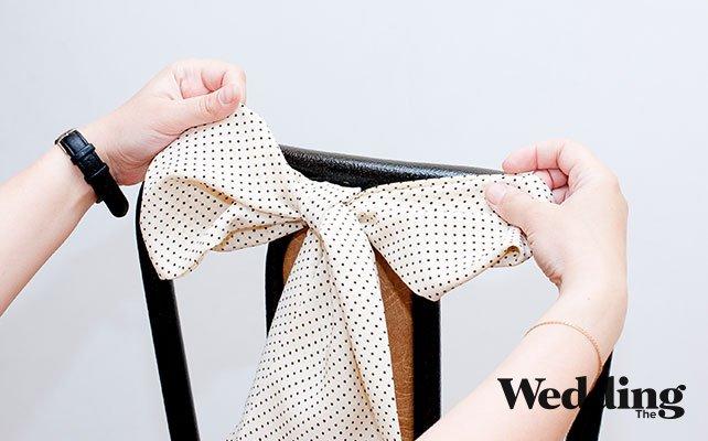 Как сделать красивый бант для декора стула, завязать бант на стуле