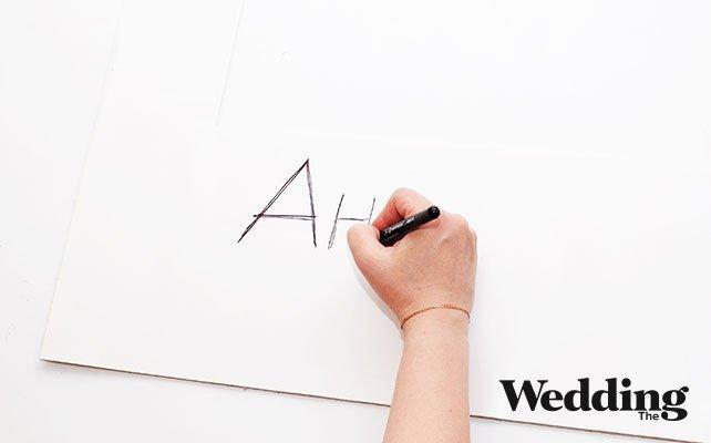 Как своими руками сделать фоторамку для фотосессии, наклеить белую рамку на картонную и написатть имена