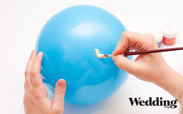окрасить шар в цвета свадьбы