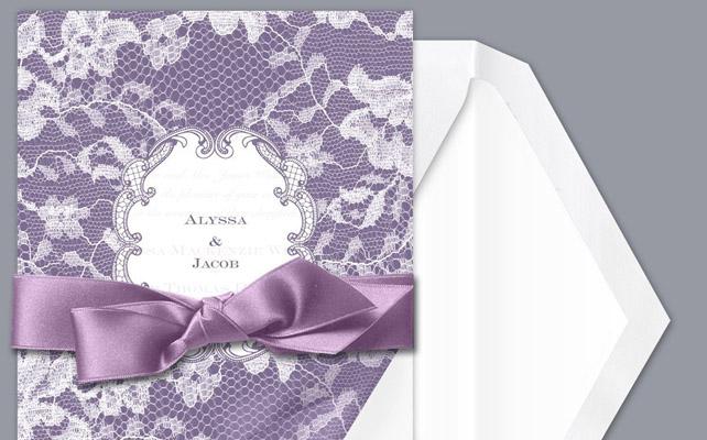 Приглашение на свадьбу с кружевами и лентами