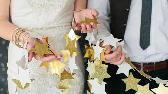 Как сделать свадебные гирлянды своими руками